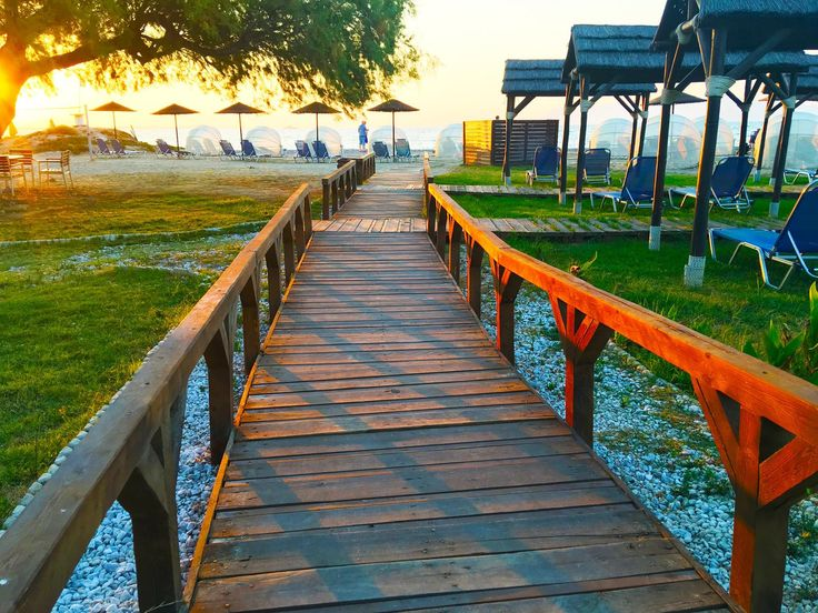 Follow the path towards happiness! A special world of bliss and carefree moments awaits you!