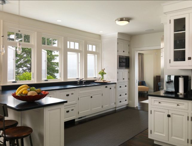 White Kitchen Paint Color White Dove Oc17 Benjamin Moore BenjaminMoorePaint