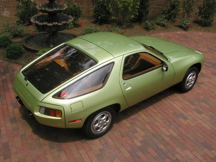 1978 Porsche 928 Maintenance/restoration of old/vintage vehicles: the material for new cogs/casters/gears/pads could be cast polyamide which I (Cast polyamide) can produce. My contact: tatjana.alic14@gmail.com