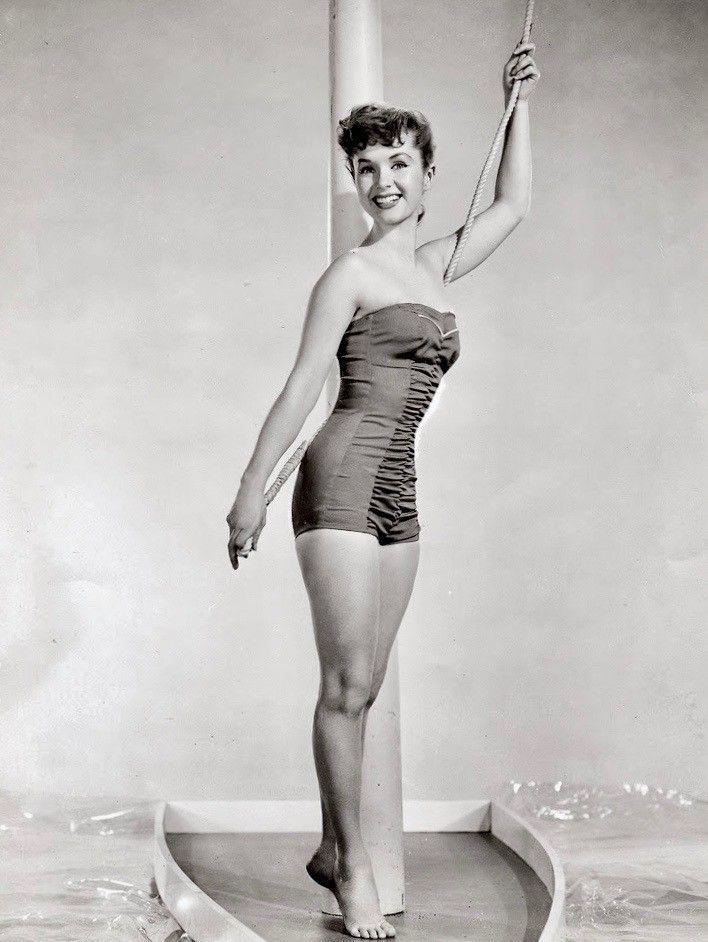 Debbie reynolds bikini — img 4