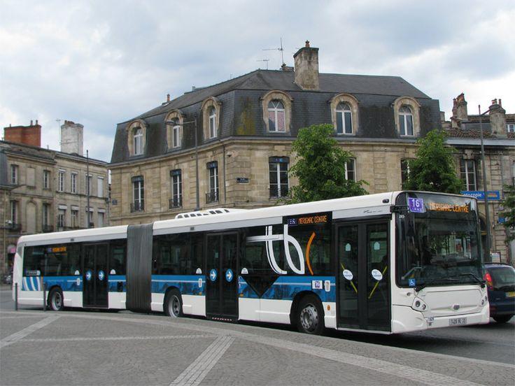 HEULIEZ GX 427 - TBC - Bordeaux - Autobus articulé GX 427 (motorisation Iveco) du réseau TBC de Bordeaux, sur la Liane 16 à la Victoire. Photo : Olivier MEYER. Photographié en mai 2010.