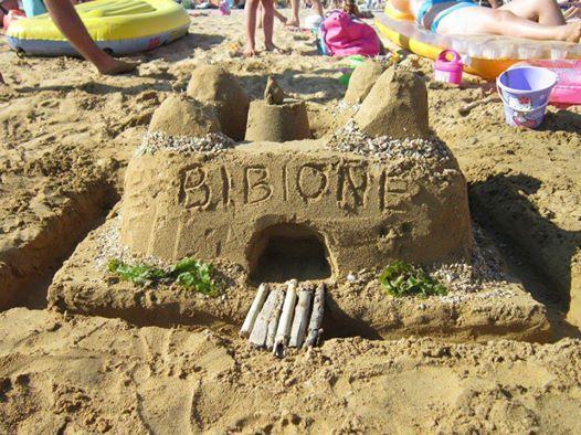 Castelli di sabbia per i più piccoli.