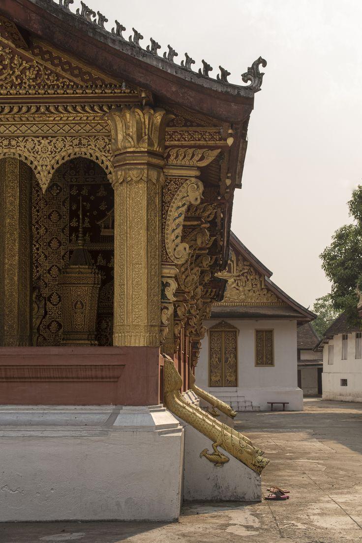 Храм Золотого Города, Ват Сиенг Тхонг, Луанг Прабанг, Лаос. Golden City Temple, Wat Xieng Thong. Luang Prabang, Laos