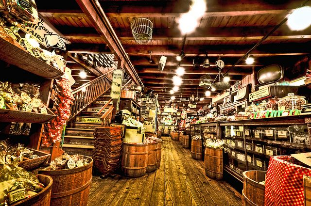 Zeb's General Store  North Conway NH by Swissrock, via Flickr
