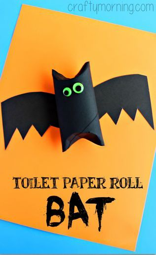 toilet paper roll bat craft for kids from @CraftyMorning! So much fun! #Halloween #HalloweenCraft