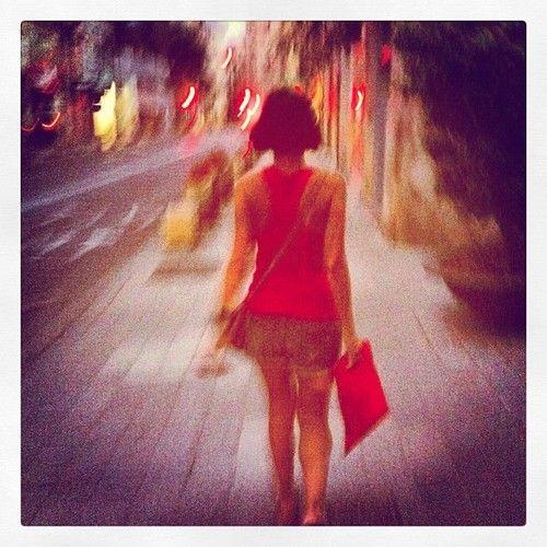 Chicas madrugadoras que se peinan como Amélie, huelen bien, visten shorts y tienen los hombros bonitos… #SeMeEnamoraElAlma
