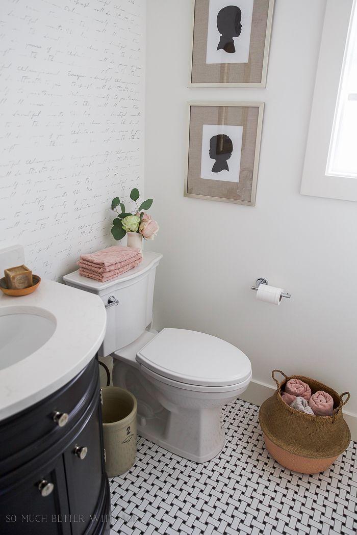 Black, White U0026 French Powder Room Makeover. Rustikales BauernhausFranzösisch  BauernhausBad ...