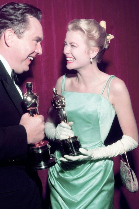 Grace Kelly - os vestidos mais incríveis da história do Oscar!