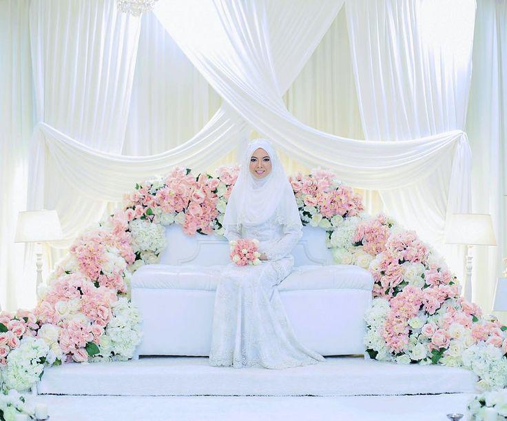 The solemnization Farahana&Shahrin #radhihasim #mukhrizudey #malaywedding #wedding  #muteam #weddingphotos  #weddingphotography #portrait #malaysiawedding #malayweddingguide  #brideandgroom #weddingphotographers #weddingideas #muslimweddingideas by radhihasim