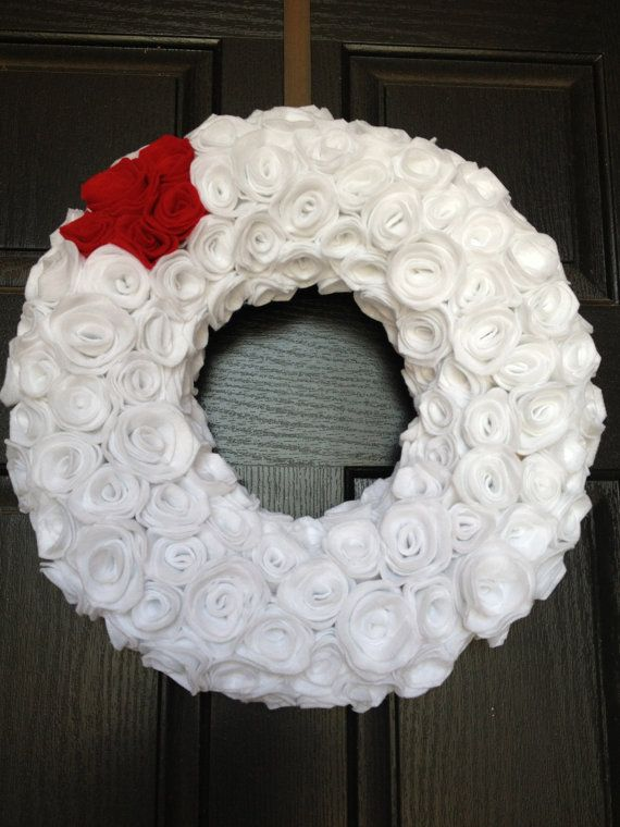 Rosette Christmas WreathChristmas Wreaths, Rosette Christmas, Decor Style, Gift Ideas, Shoes Collection, Black White, Events Holiday, Christmas Decor, Coffee Filters