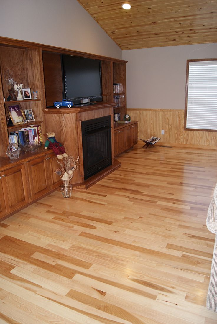 Hickory Common Amp Better Hardwood Flooring With Natural