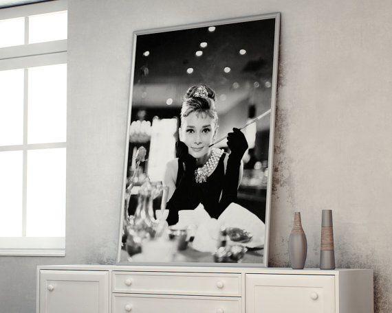 30 best black white chanel inspired bedroom pieces for Ikea audrey hepburn