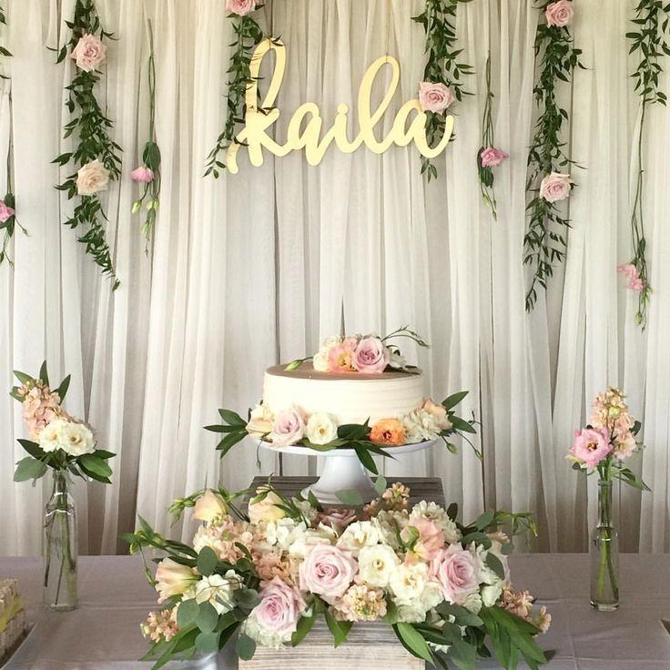 Floral Design: Vale of Enna