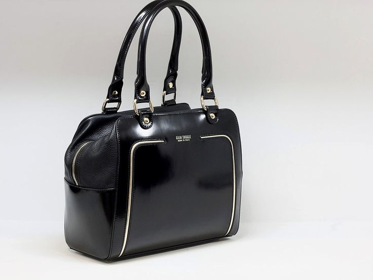 """Suveran bags & more - Administration - Product <small><small>[ Edit ]</small></small> <span style=""""color: #666666; font-size: large;""""><a href=""""http://www.posetepiele.ro/index.php?option=com_virtuemart&view=productdetails&virtuemart_product_id=4825"""" target=""""_blank"""" >Geanta femei GT07 (Geanta femei GT07)<span class=""""vm2-modallink""""></span></a></span>"""