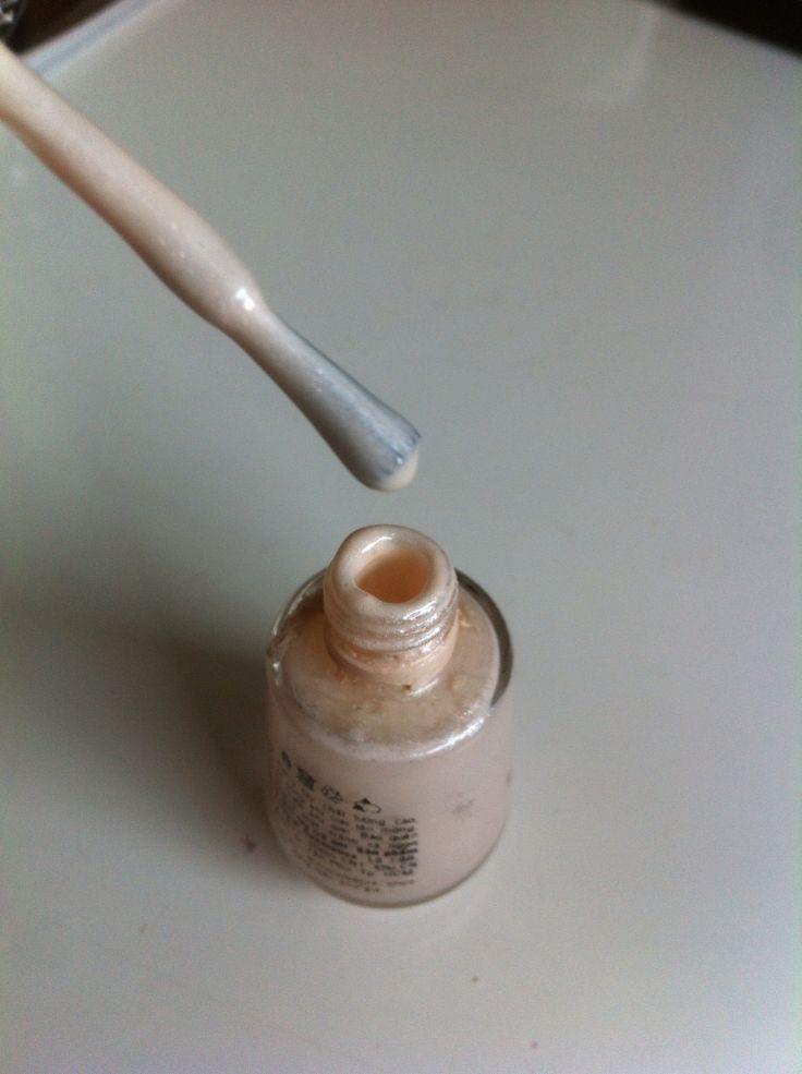 How to Fix Dry Nail Polish