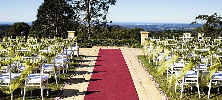 Set on iconic acreage with sweeping views across the Sunshine Coast from Moreton Island to Noosa, Flaxton Gardens is a beautiful tranquil venue for your special day.  http://www.flaxtongardens.com.au