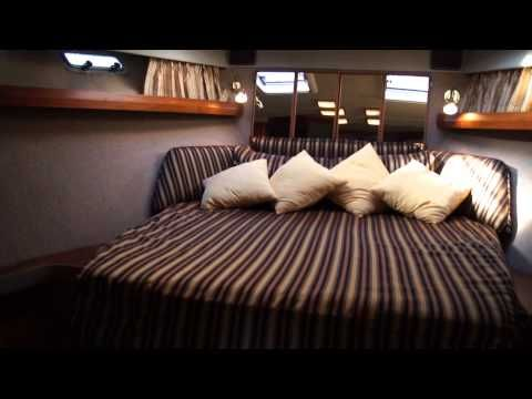 (1) Bayliner 4550 Pilothouse - Boatshed.com - Boat Ref#173104 - YouTube