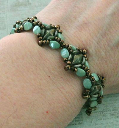 Linda's Crafty Inspirations: Birthday Bracelet 7 - Snapdragon Bracelet