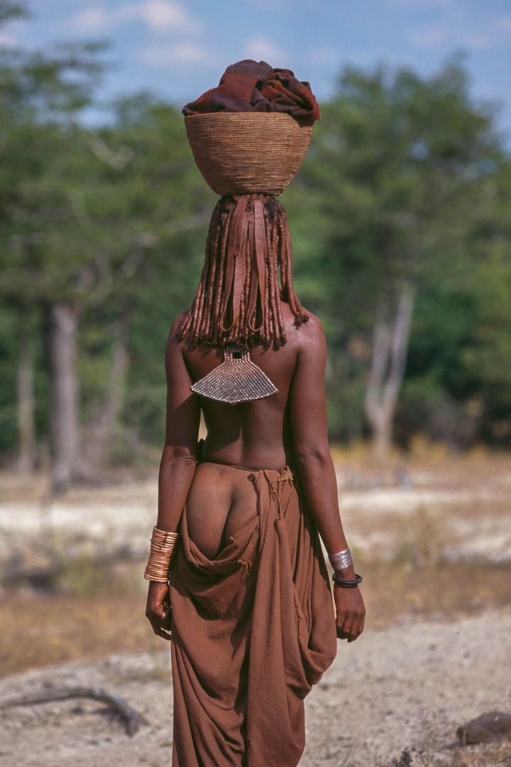 Africa | Himba woman, Puros Conservancy, Damaraland, Namibia. By Jimmy Nelson.