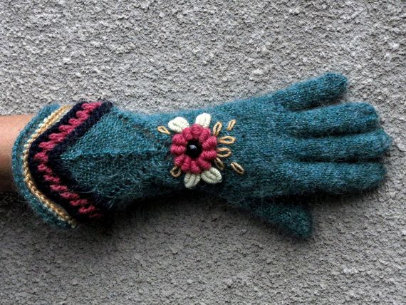 Vintage Victorian Lace Gloves  The Mint Garden  by Dom by domklary, $30.00