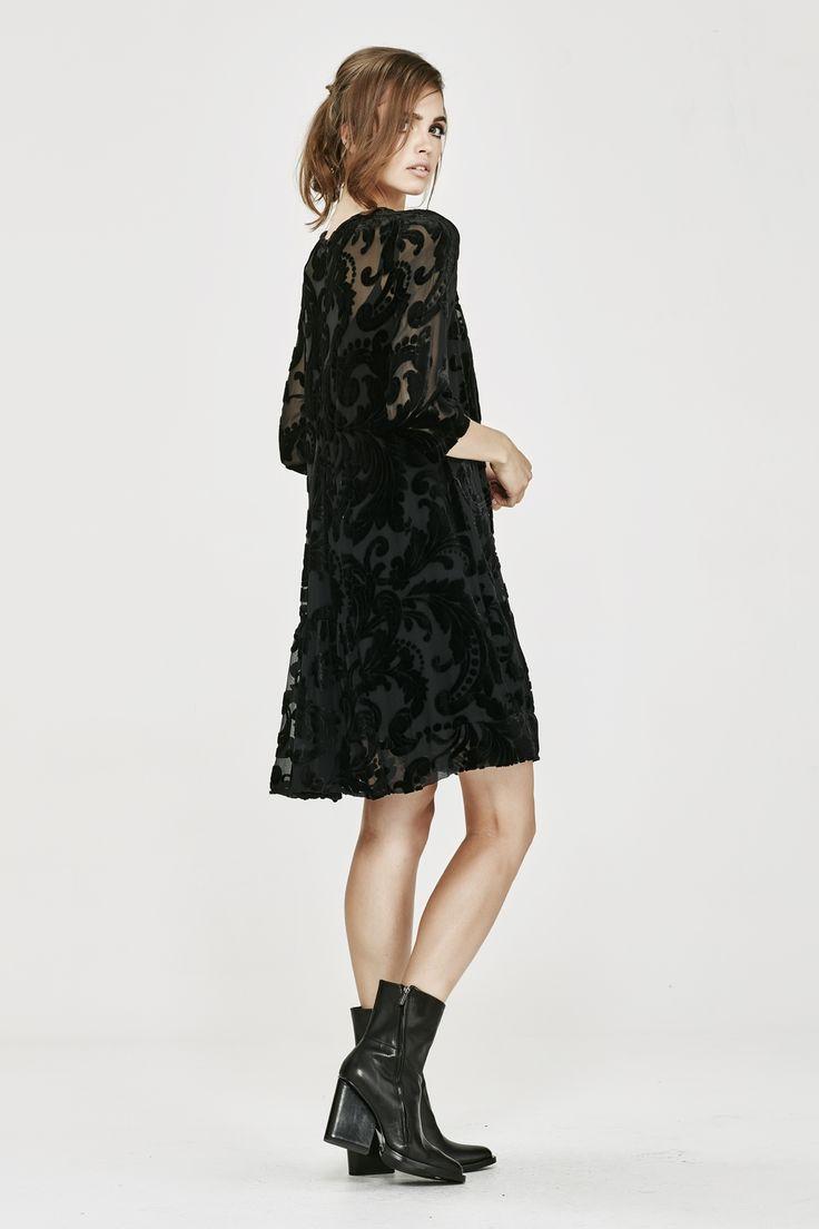 RATHER YOU THAN FILIGREE DRESS - Trelise Cooper-Dresses : Trelise Cooper Online - WISTERIA LANE TRELISE COOPER WINTER 16