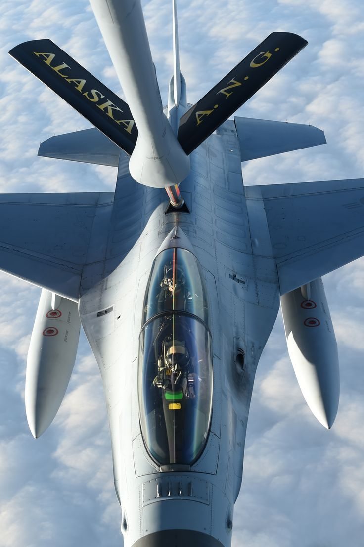 2014 Red Flag Alaska with KF-16. KF-16 getting re-fueled