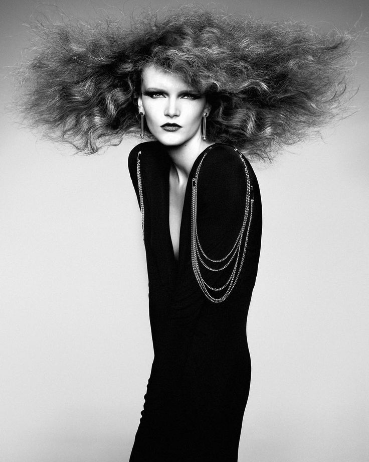 "3,916 Me gusta, 48 comentarios - Kristian Schuller (@kristianschuller) en Instagram: ""hair extreme styling @peggyschuller hair @felixfischerhair make up @stevencanavanmakeup #paris 2013…"""