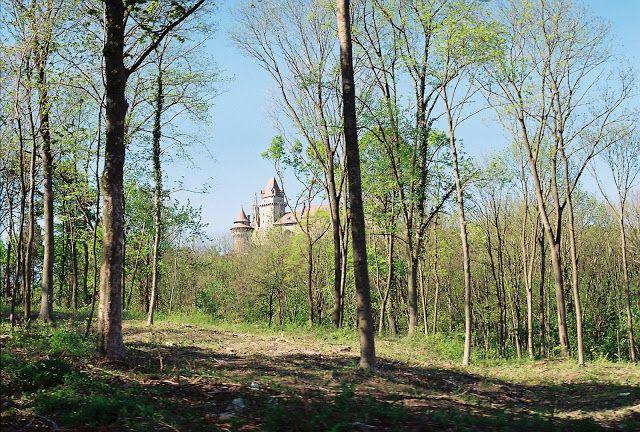 Mint-tea Time: Burg Kreuzenstein