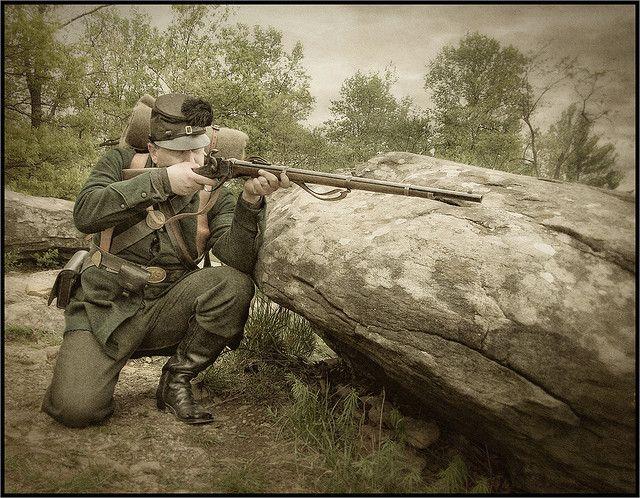 Civil War Sharpshooter at Little Roundtop. A Yankee Berdan sharpshooter. Notice green uniform and black rubber buttons to cut glare.