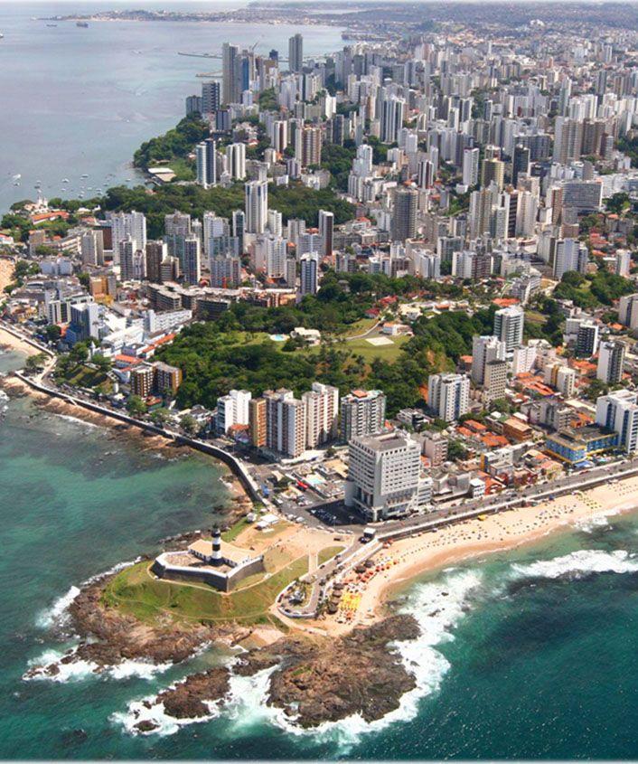 Praia da Barra e Farol - Salvador, Bahia, Brazil.