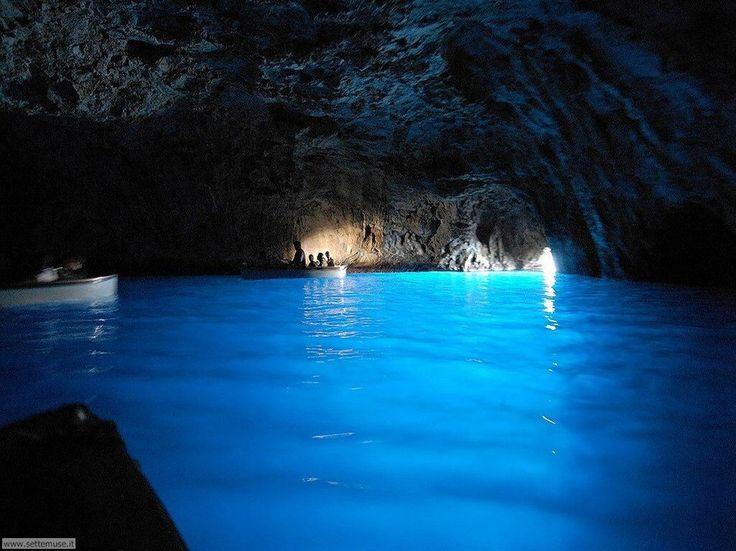 20 majestuosas cuevas alrededor del mundo - Grotto Azzurra, Italia