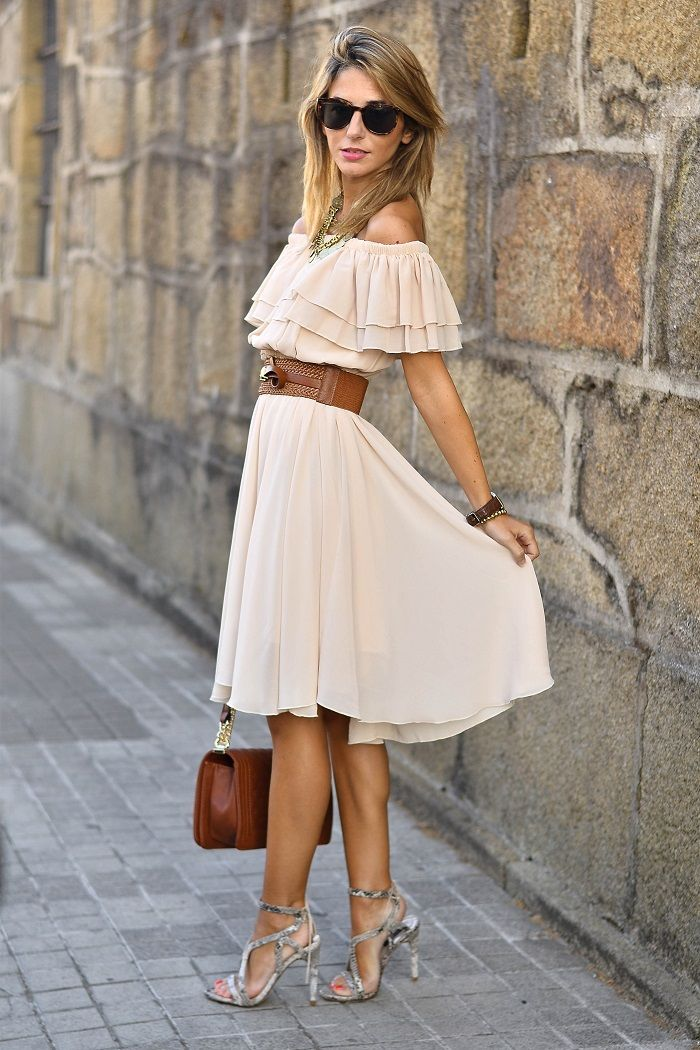 Off-shoulder Frilling Dress