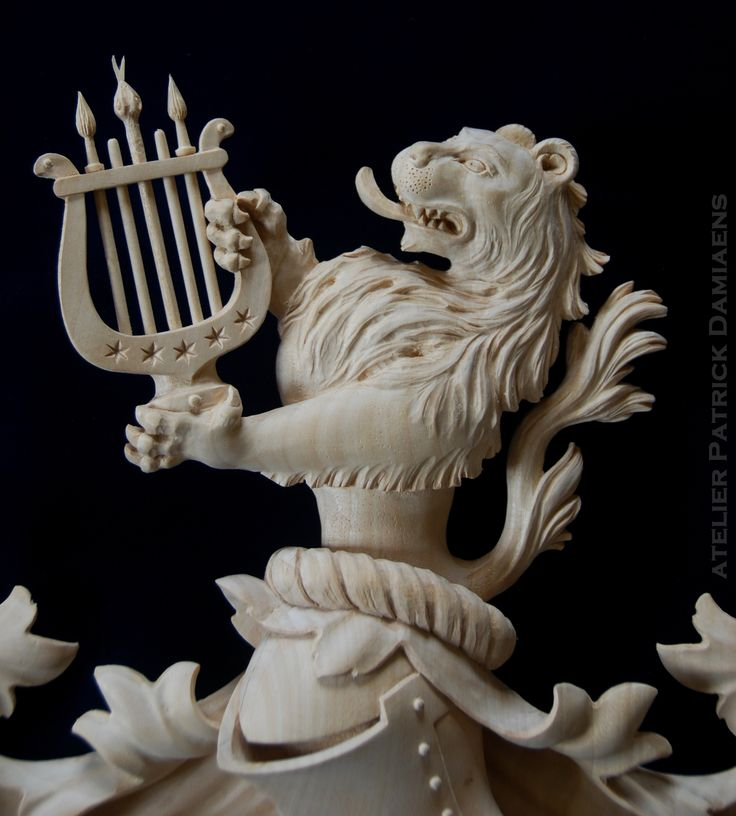 Wood Arm Art ~ Best family coat of arms carved in wood heraldic