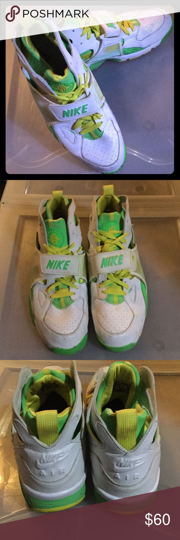 2007 Nike Air Trainer Huarache Shoes size 12 Good condition, barely worn Nike Shoes Sneakers