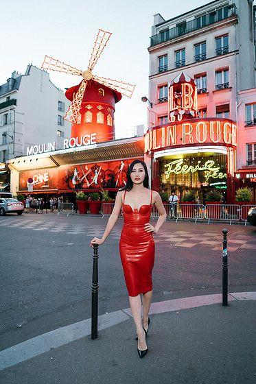 Tina Lee -  - Paris After Dark: Visiting Moulin Rouge
