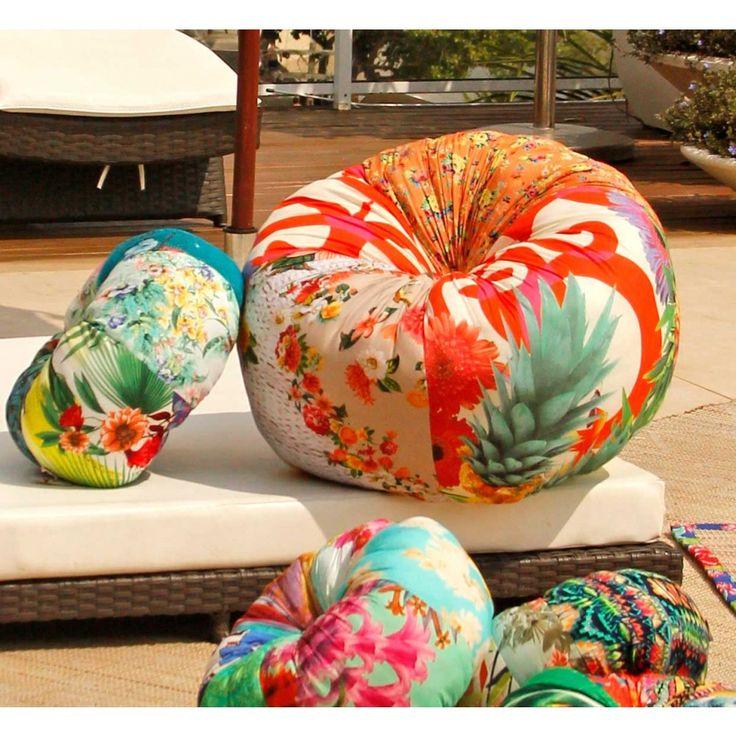 Almofada Redonda Fuxicão Gigante :: feita de patchwork de tecidos reaproveitados pelas costureiras do Fuxicarte