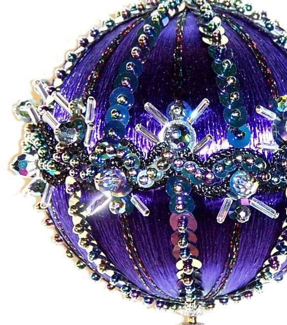 963 best Ornaments images on Pinterest  Beaded christmas