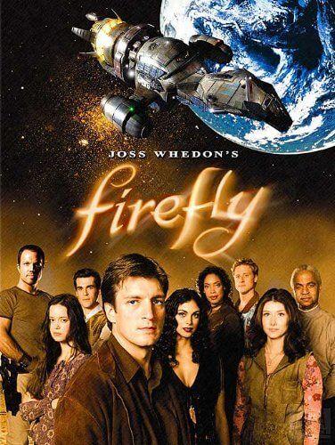 Diffusée dès 2002, Firefly fut réalisée par Joss Whedon à qui nous devonsAvengers : L'Ère d'Ultron,Buffy contre les vampires,Angel, etc. Suite à des résultatsdécevants (notamment une audience trop faible), la série a été annulée au bout de 14 épisodes et le film Serenity a été réalisé pour clore cette histoire....