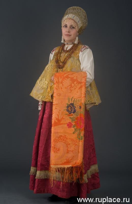 Russian folk costume in the works of Dmitry Davidov Russian North  Источник: http://www.perunica.ru/tradicii/3625-russkij-narodnyj-kostyum-v-rabotax-dmitriya.html