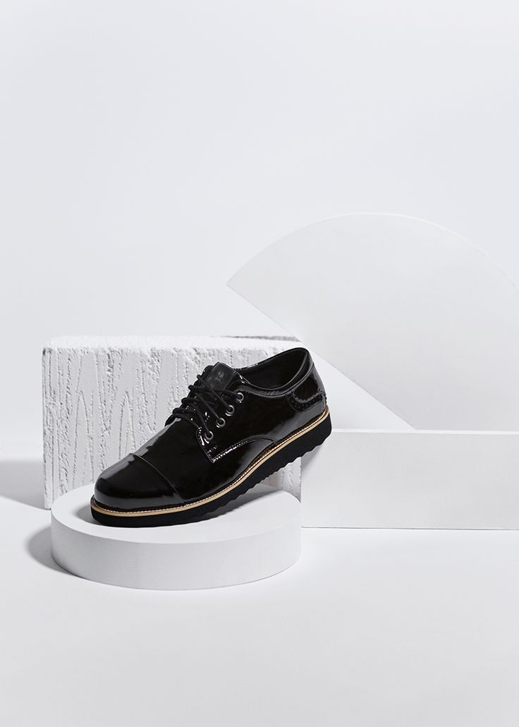 Shoes by Etaldesign