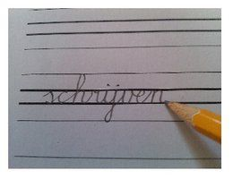 Handige schrijfbladen met de liniatuur die ook op school wordt gebruikt.
