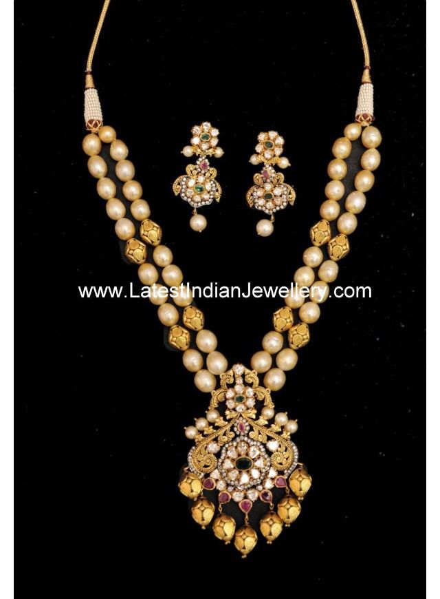 Two layer pearl neckkace