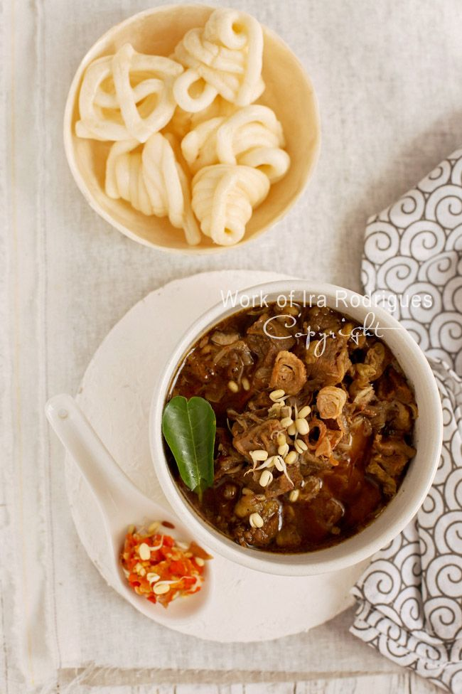 Traditional East-Java beef soup ~ Rawon