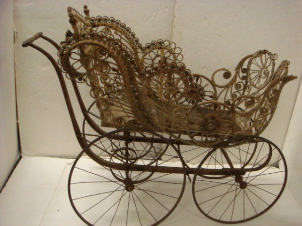 victorian baby carriage | 456: FRANCIS L HUGHES Victorian Wicker Baby Carriage: : Lot 456