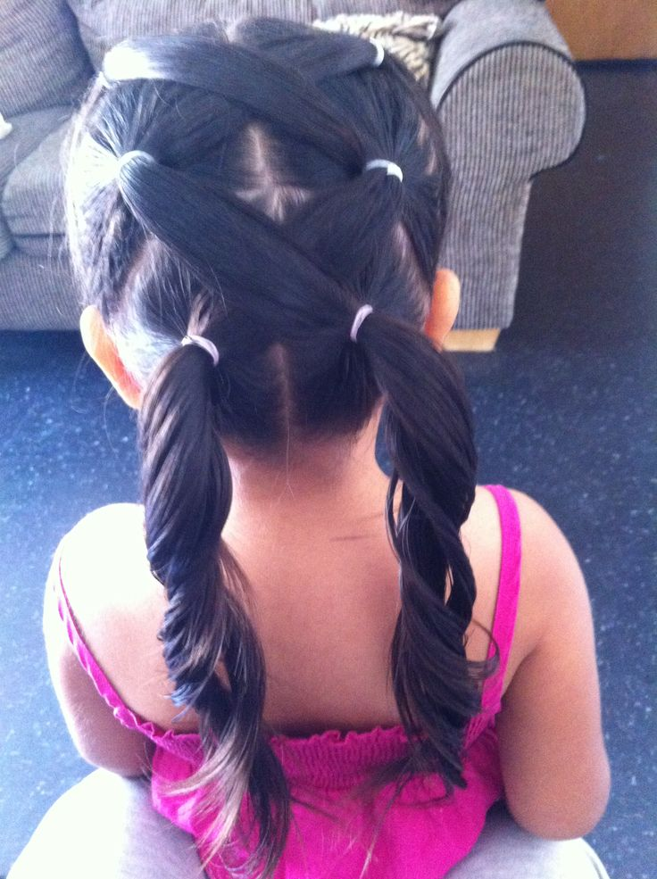 Cute girl hairstyle...I think I may be able to learn this a one.