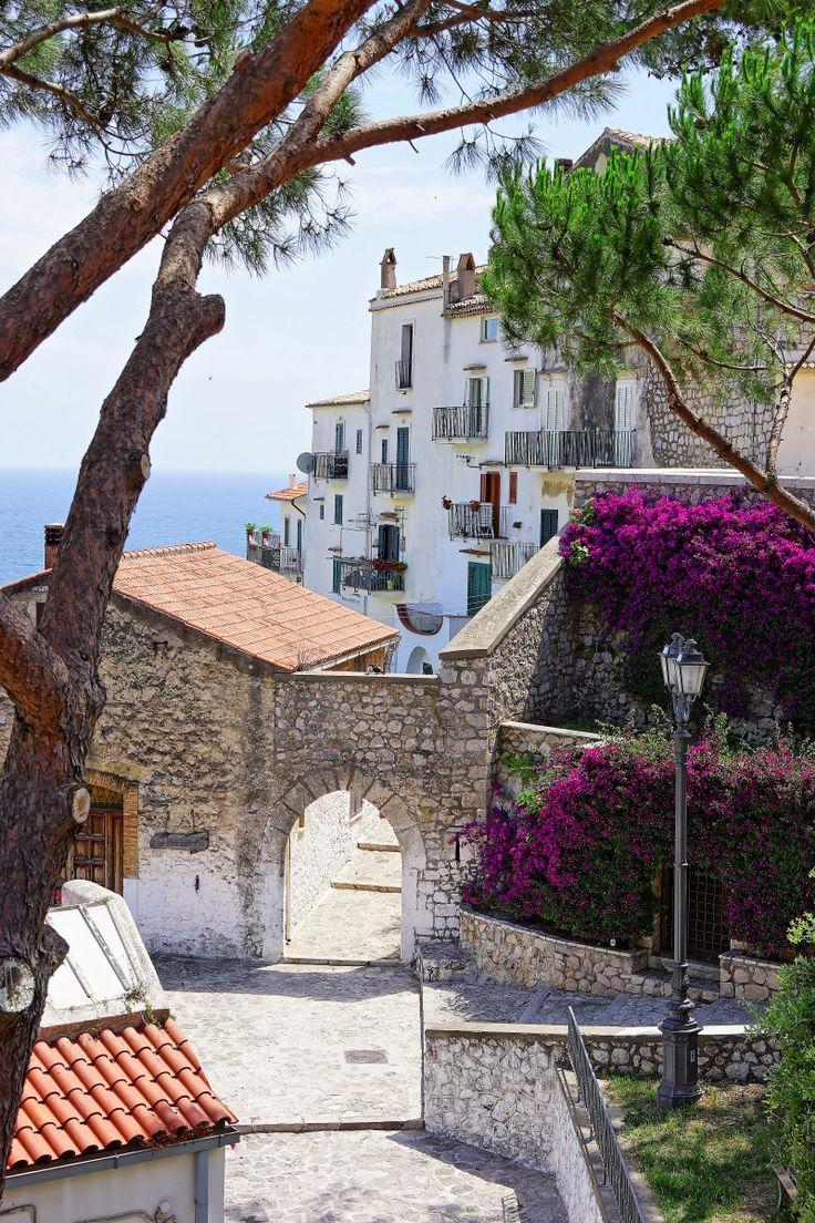 Sperlonga, Italy from JJ's Blog