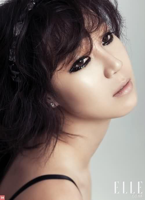 Gong Hyo-jin // Elle Korea