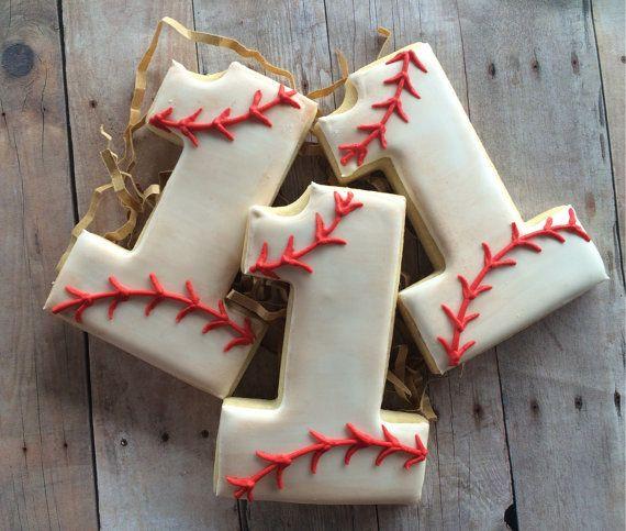 Vintage Baseball Sugar Cookies 1 dozen by LaPetiteCookie on Etsy