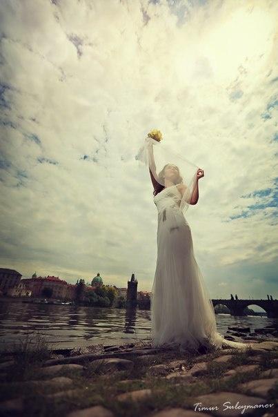 destination weddings in Prague best photos
