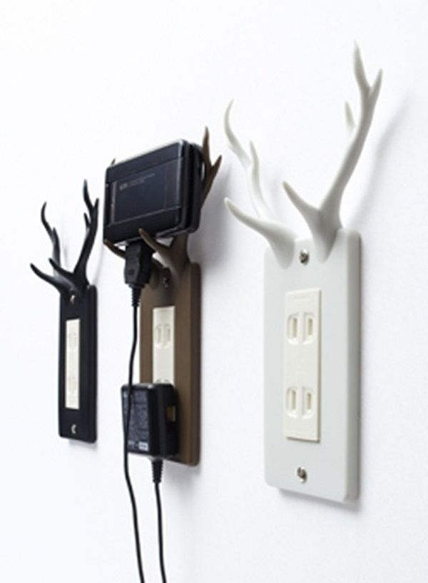 outlet plate uses antlers to hold charging phones - Cool Stuff To Print Out